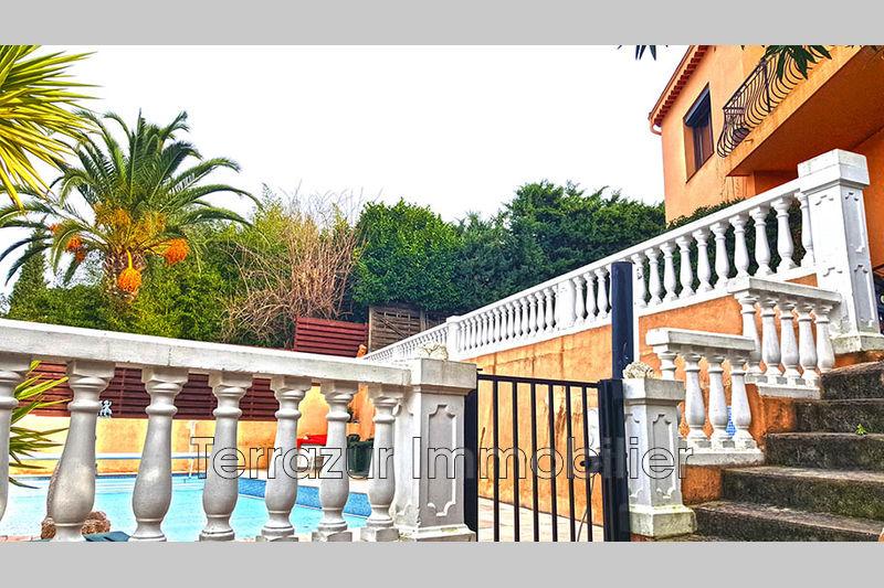 Photo Villa Golfe-Juan Residentiel,   to buy villa  6 bedrooms   234m²