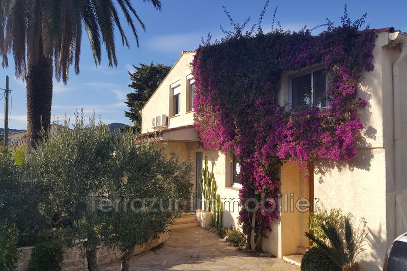 Photo Villa Juan-les-Pins Proche plages,   to buy villa  6 bedrooms   250 m²
