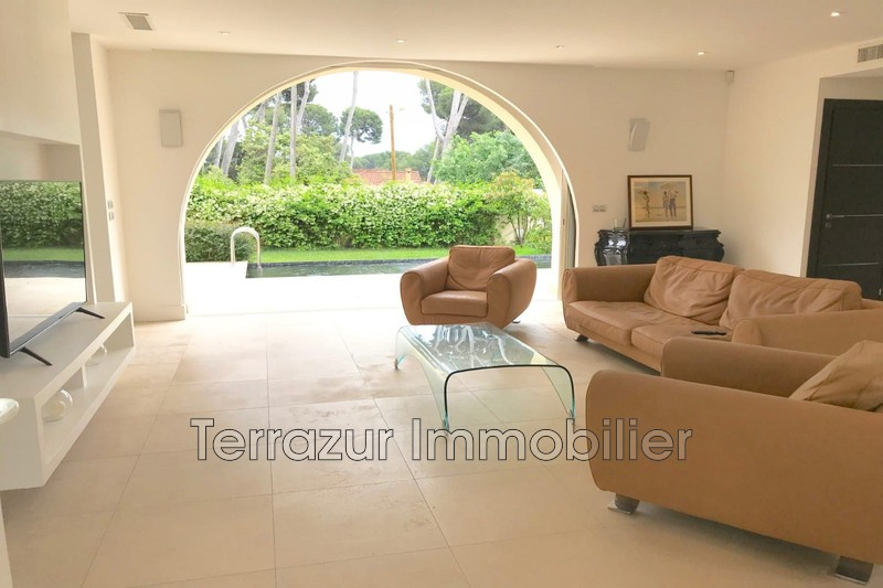 Photo Villa Juan-les-Pins Proche plages,   to buy villa  3 bedrooms   131 m²