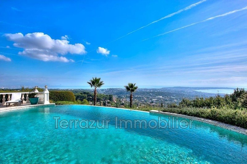 Photo Property Golfe-Juan Très résidentiel,   to buy property  5 bedrooms   765 m²