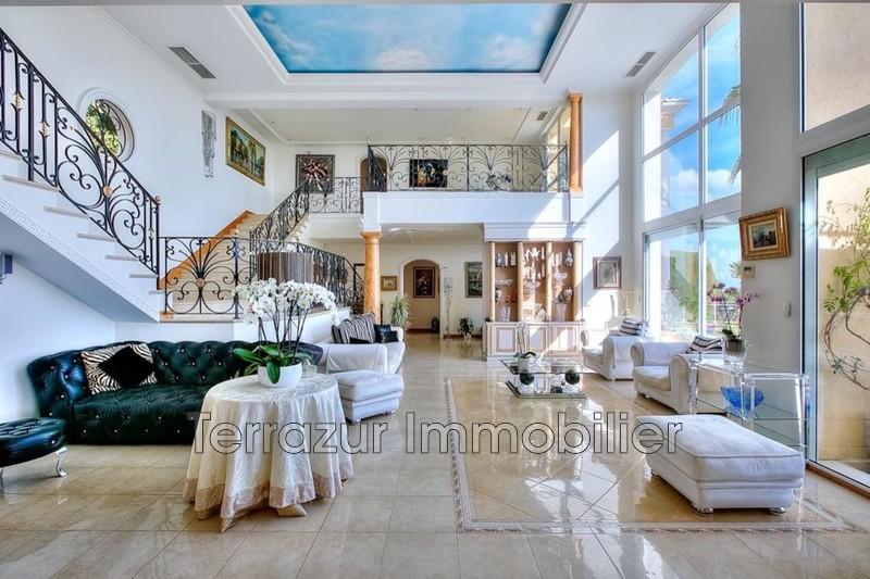 Photo Property Golfe-Juan Très résidentiel,   to buy property  5 bedrooms   765m²