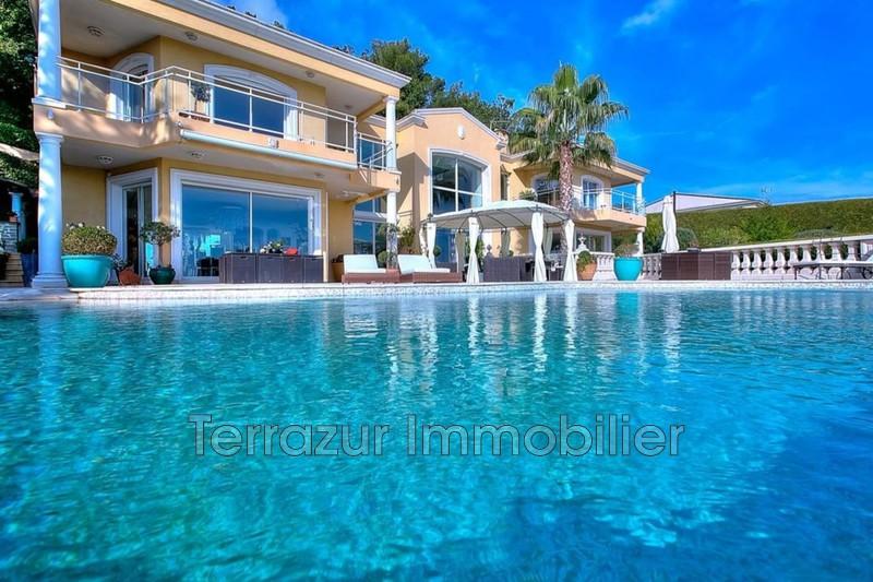 Photo Propriété Golfe-Juan Très résidentiel,   achat propriété  5 chambres   765m²