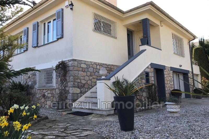 Photo Villa Juan-les-Pins Proche toutes commodités,   to buy villa  5 bedroom   173m²