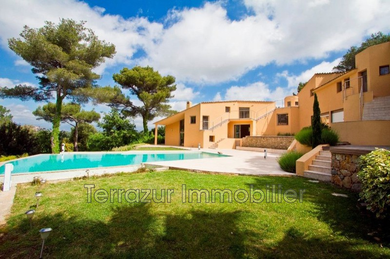 Photo Property Mougins Très résidentiel,   to buy property  7 bedrooms   455 m²