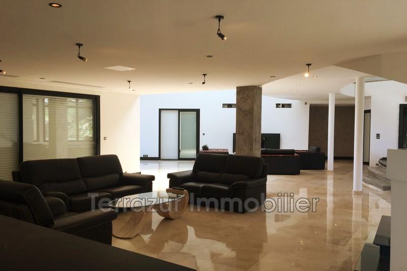 Photo Maison contemporaine Vallauris Très résidentiel,   to buy maison contemporaine  5 bedrooms   466m²