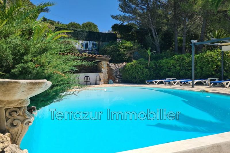Photo Villa provençale Juan-les-Pins Très résidentiel,   achat villa provençale  5 chambres   179m²