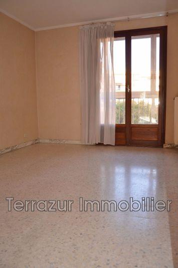Photo n°5 - Vente appartement Saint-Laurent-du-Var 06700 - 270 000 €