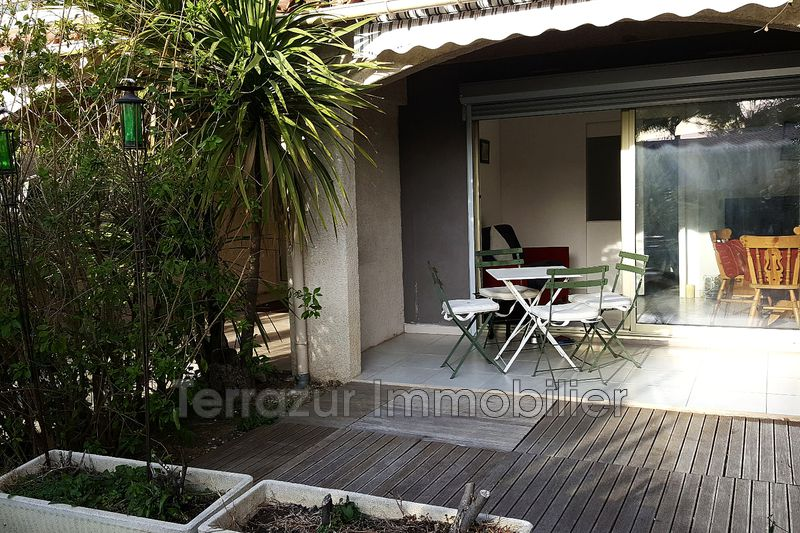 Photo Appartement Juan-les-Pins Proche plages,   achat appartement  2 pièces   32m²