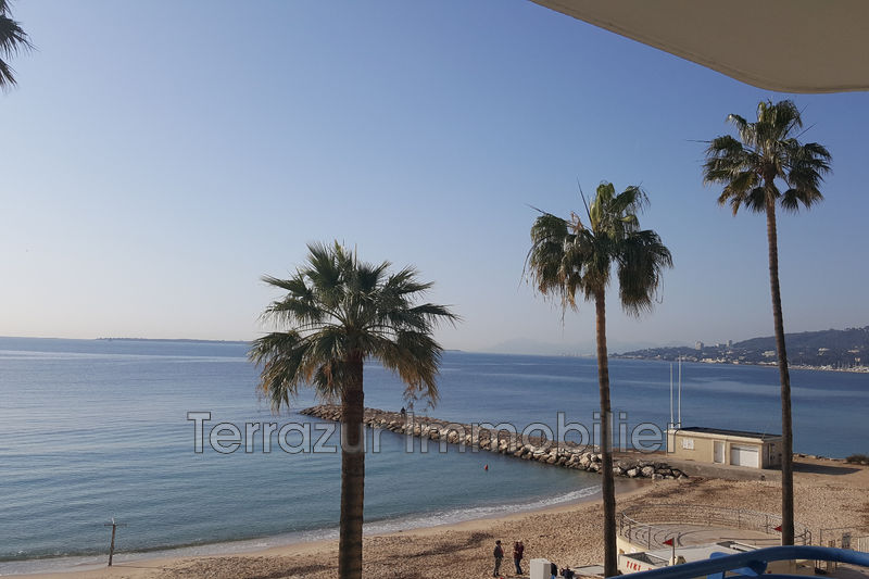 Photo Appartement Antibes Front de mer,   achat appartement  1 pièce   30 m²