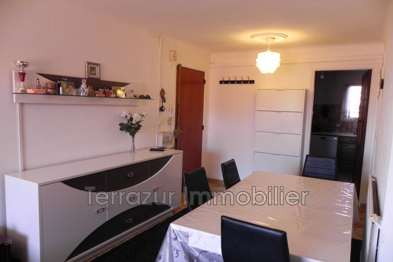 Photo Apartment Antibes Proche toutes commodités,   to buy apartment  3 rooms   56m²