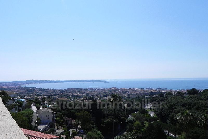 Photo Appartement Golfe-Juan Colline,   achat appartement  1 pièce   29 m²