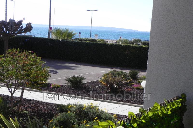 Photo Appartement Golfe-Juan Bord de mer,   achat appartement  2 pièces   60m²