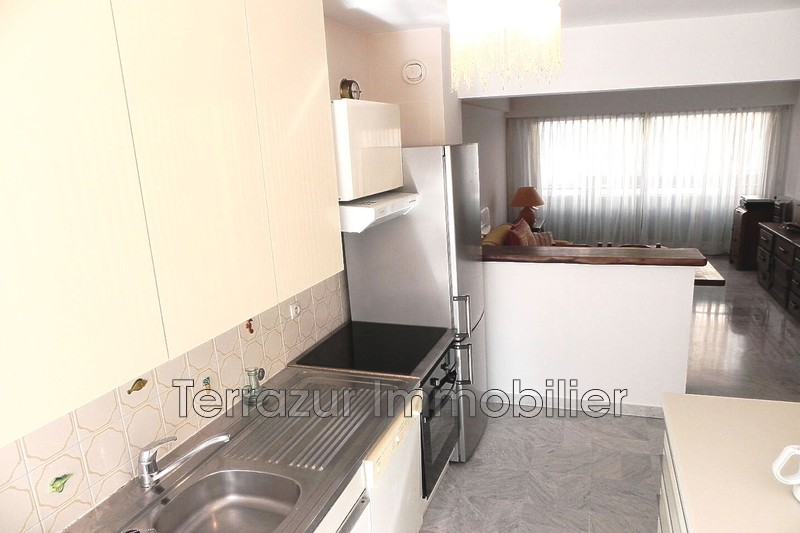 Photo Apartment Golfe-Juan Centre-ville,   to buy apartment  3 rooms   65 m²
