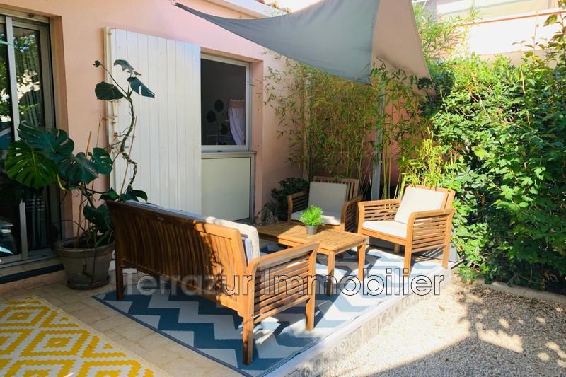 appartement  3 pièces  Golfe-Juan Plage à pied  51m² -