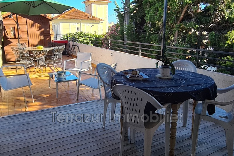 Photo Apartment Golfe-Juan Plage à pied,   to buy apartment  3 rooms   57 m²