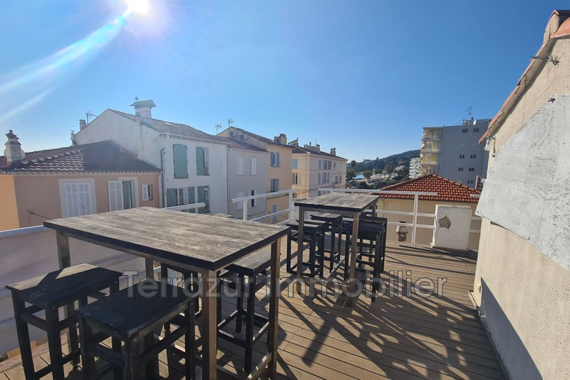 Photo Appartement Golfe-Juan Bord de mer,   achat appartement  3 pièces   51m²