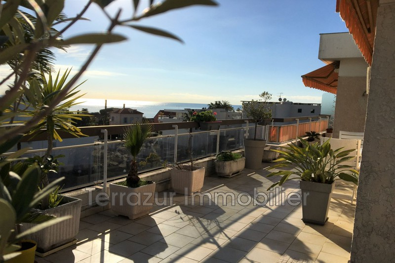 Photo Apartment Golfe-Juan Proche toutes commodités,   to buy apartment  3 rooms   65 m²