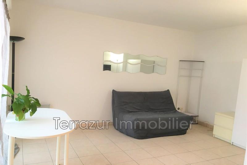 appartement  studio  Golfe-Juan Proche toutes commodités  25m² -