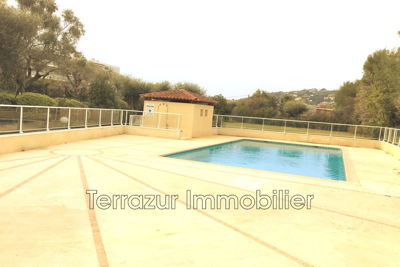 Photo Apartment Golfe-Juan Proche toutes commodités,   to buy apartment  1 room   25 m²