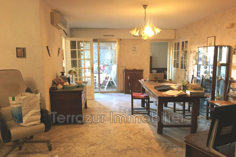 Photo Apartment Golfe-Juan Centre-ville,   to buy apartment  2 rooms   56 m²