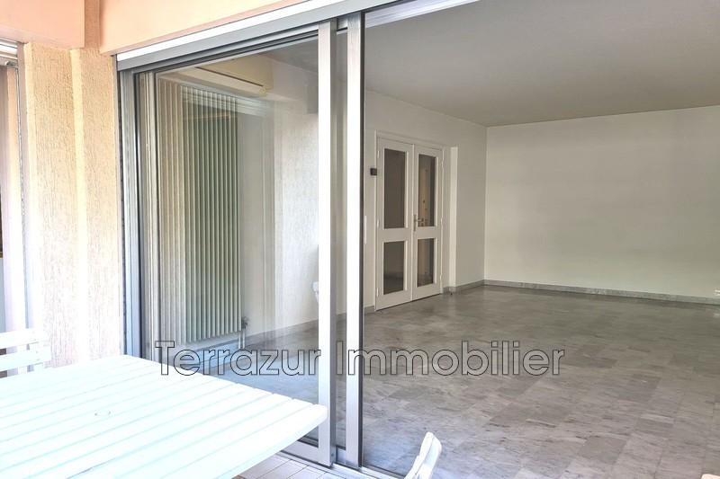 Photo Apartment Golfe-Juan Centre-ville,   to buy apartment  2 rooms   53m²