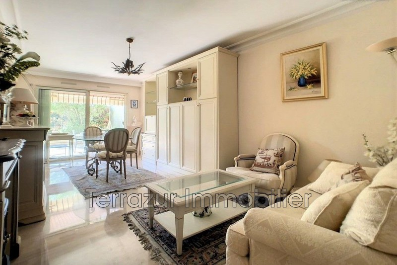 Photo Apartment Golfe-Juan Très résidentiel,   to buy apartment  2 rooms   55m²