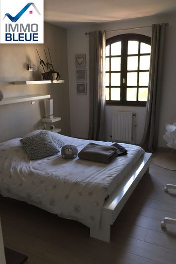 Photo n°6 - Vente Maison villa Saint-Mitre-les-Remparts 13920 - 610 000 €