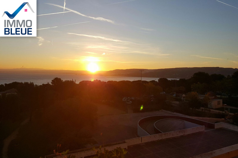Photo Apartment Martigues Ferrières,   to buy apartment  4 room   82 m²