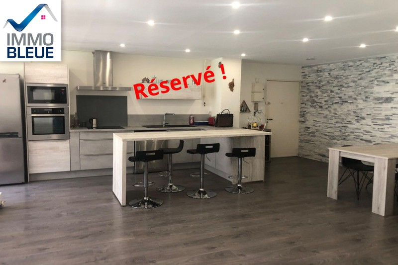 Photo Apartment Martigues Ferrières,   to buy apartment  4 room   83 m²