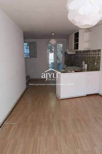 Photo Appartement Rognes  Location appartement  3 pièces   75 m²