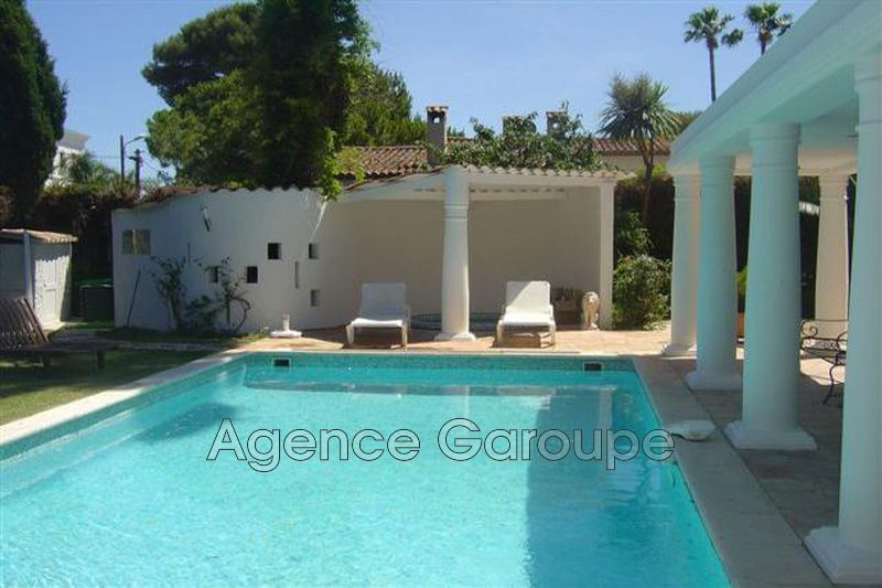 maison  6 rooms  Cap d'Antibes Garoupe  150m² -