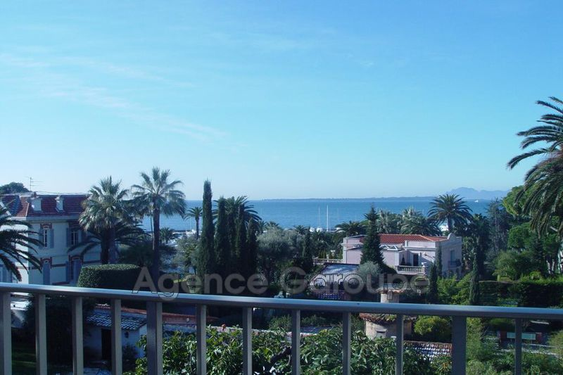 appartement  4 rooms  Cap d'Antibes   100 m² -