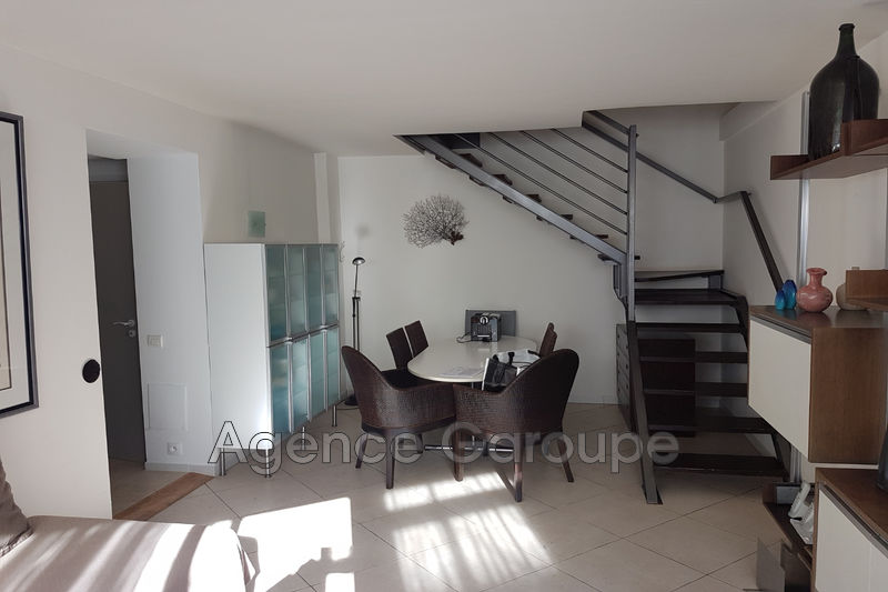Photo n°2 - Vente appartement Antibes 06600 - 304 500 €