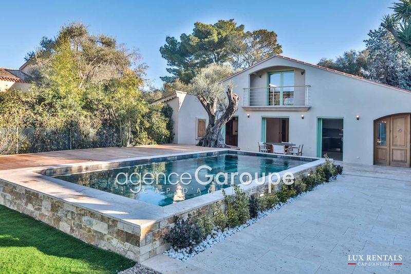 maison  5 pièces  Cap d'Antibes Proche plages  170m² -