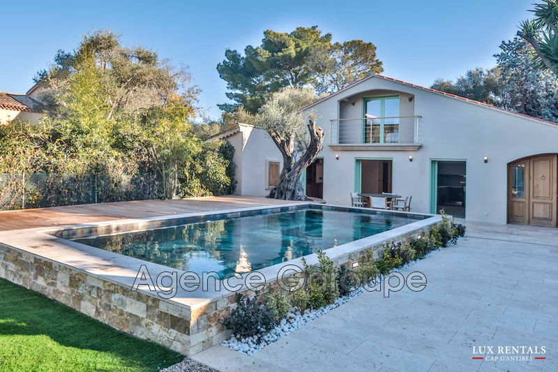 maison  5 rooms  Cap d'Antibes Close ti the beaches  170m² -