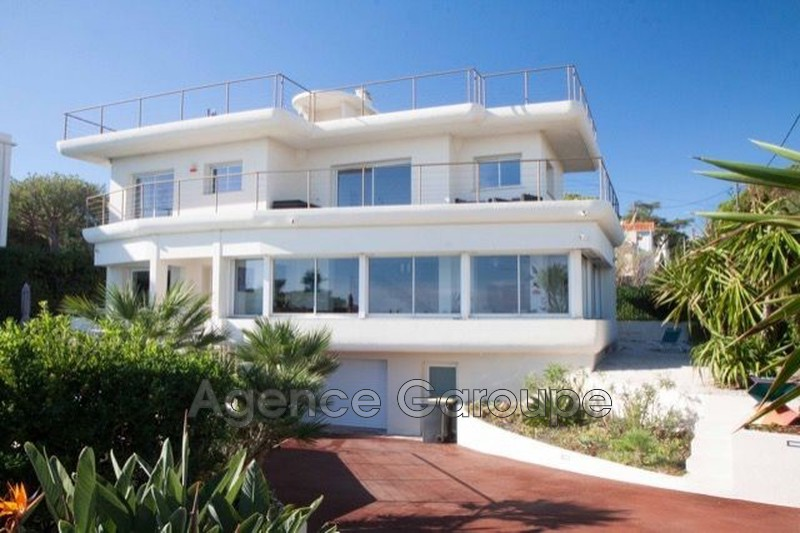 maison  7 rooms  Cap d'Antibes Seaside  250 m² -