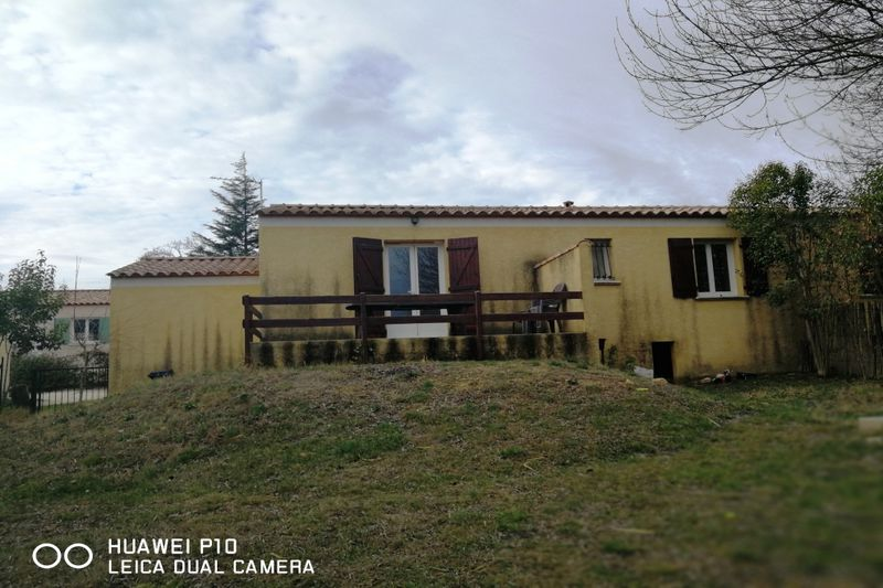 Photo Villa Saint-Côme-et-Maruéjols  Location villa  3 chambres   75 m²