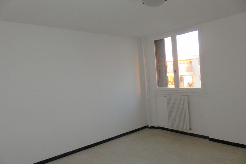Photo n°7 - Vente appartement Nîmes 30000 - 66 000 €