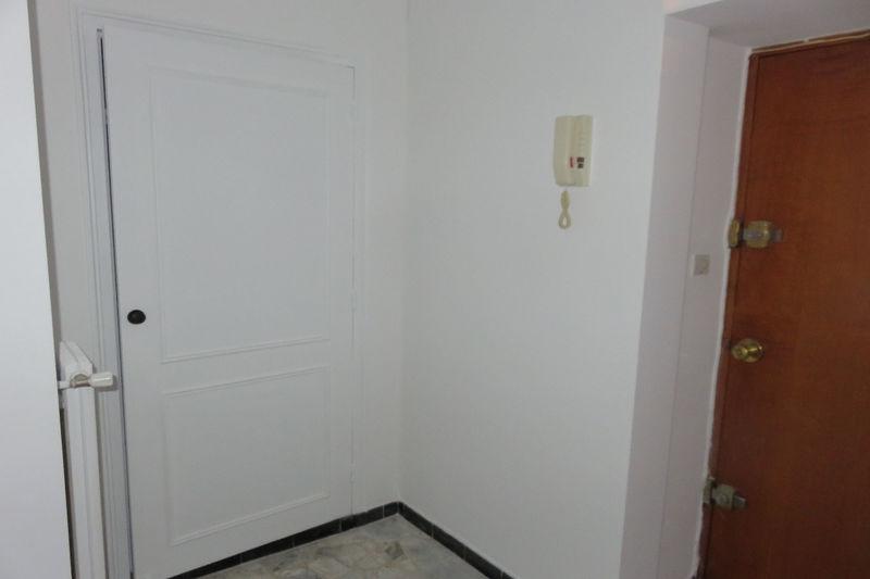 Photo n°10 - Vente appartement Nîmes 30000 - 66 000 €