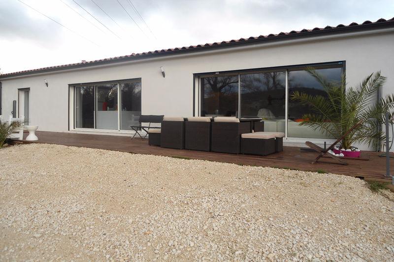 Photo Maison contemporaine Saint-Privat-des-Vieux Village,   achat maison contemporaine  3 chambres   150m²