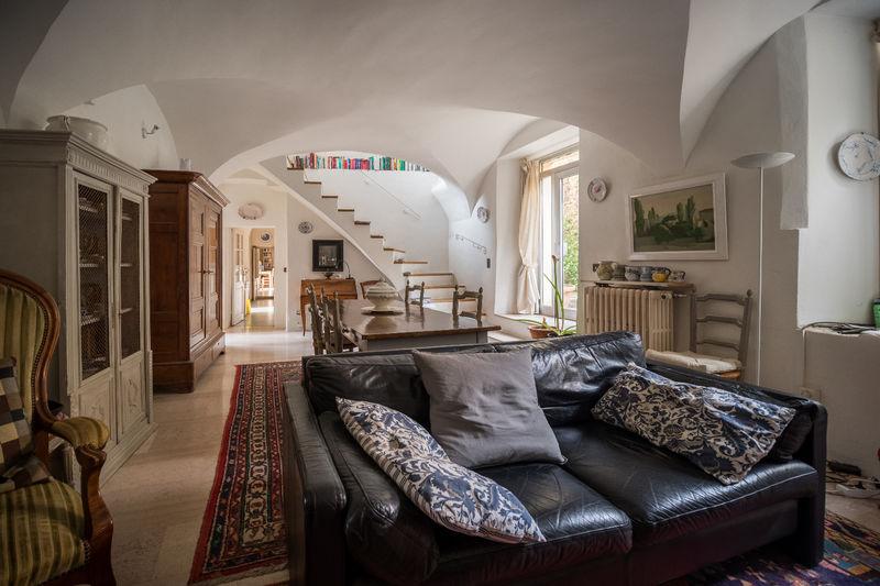 Photo Maison en pierre Bernis   achat maison en pierre  5 chambres   300m²