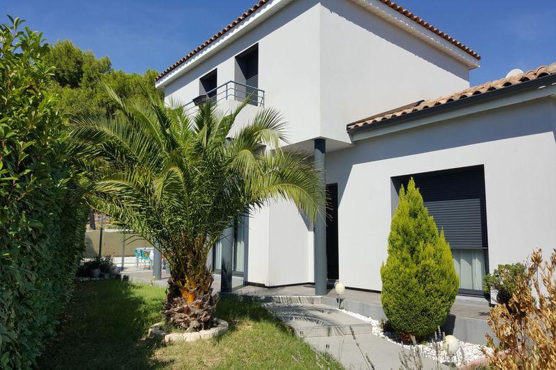 Photo Maison contemporaine Calvisson Vaunage,   achat maison contemporaine  4 chambres   130m²