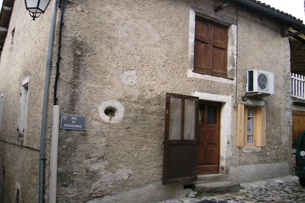 Maison de village brusque village achat maison de village for Achat maison uchaud