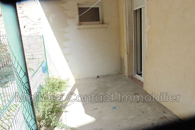 Photo Appartement Nîmes Securite sociale,  Location appartement  2 pièces   25 m²