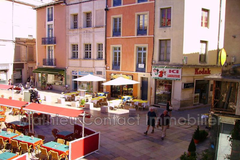 Photo Appartement Nîmes Place du marche,  Location appartement  2 pièces   44 m²