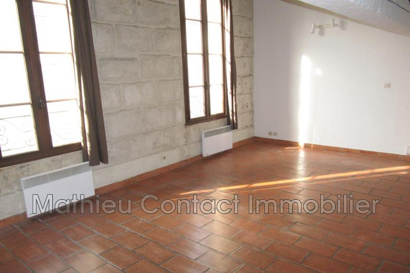 Photo Appartement Nîmes Mont duplan,  Location appartement  3 pièces   58 m²
