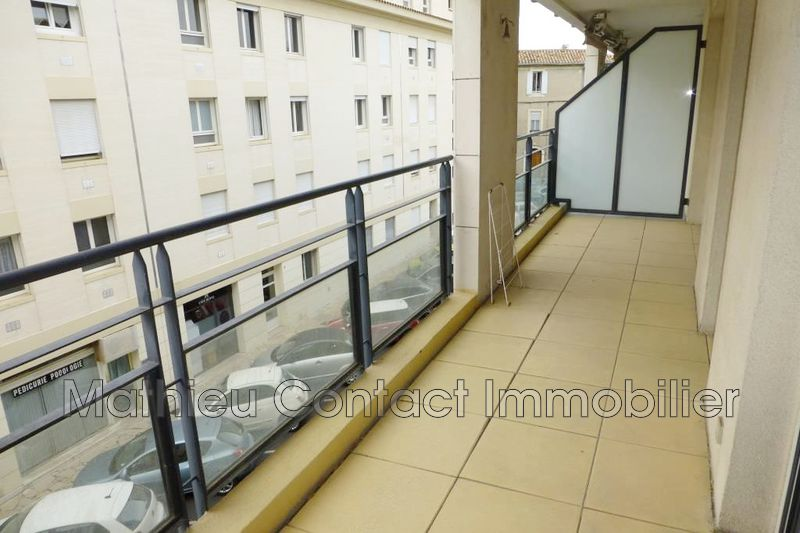 Photo Appartement Nîmes Proche maison carrée,  Location appartement  3 pièces   61m²