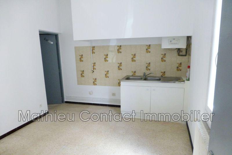 Photo Appartement Nîmes Croix de fer,  Location appartement  2 pièces   38m²