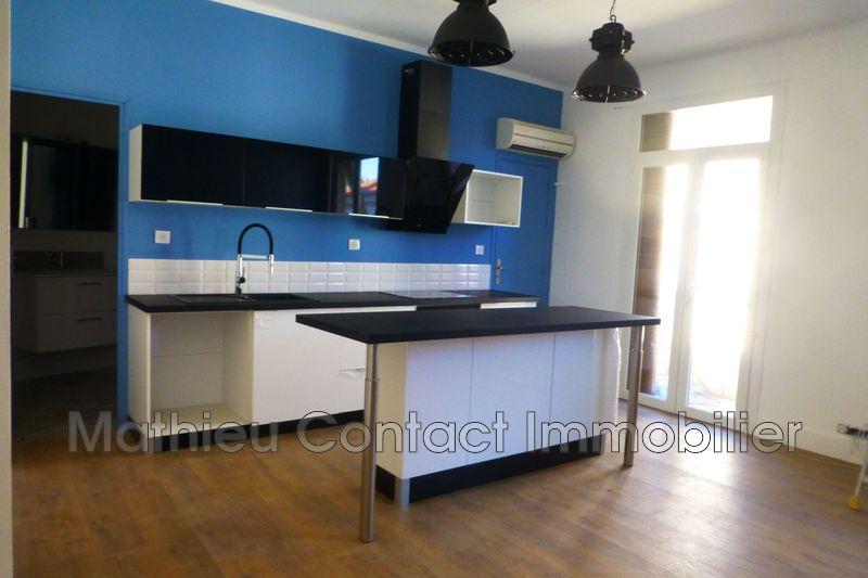 Photo Appartement Nîmes Croix de fer,  Location appartement  3 pièces   59m²