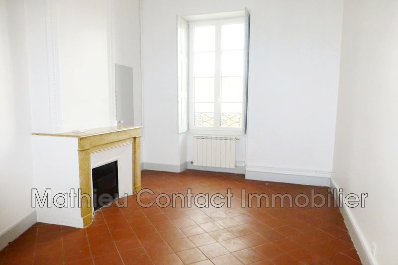 Photo Appartement Nîmes Esplanade,  Location appartement  5 pièces   94 m²